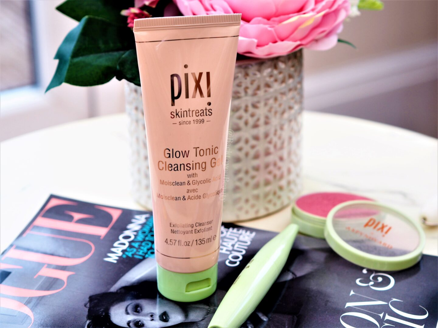 Pixi Glow Tonic Gel Cleanser