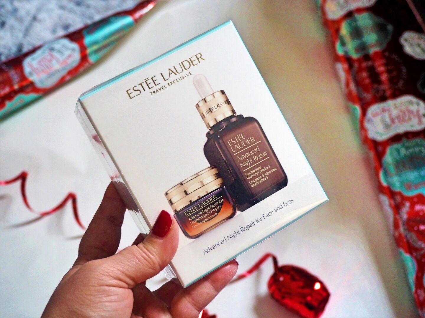 Estee lauder travel exclusive world duty free