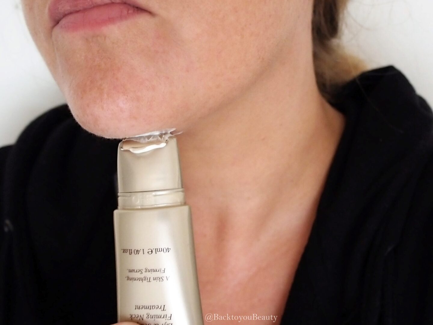 Using Emma Hardie Neck Lift